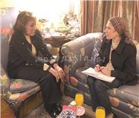 حوار| لبنى عبد العزيز: أنا «دقة قديمة» ومتمردة.. وأعشق القراءة