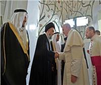 بث مباشر  البابا فرنسيس يقيم أول قداس في شبه الجزيرة العربية