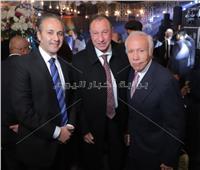 صور| الخطيب وزاهي حواس في زفاف «مصطفى ونوران».. وحجاج يُحيي الحفل