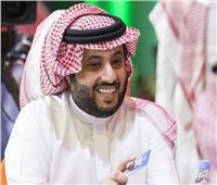تركي آل الشيخ يعلق على صورة للجهاز الفني لبيراميدز