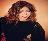 سميرة سعيد ترفع شعار « الأسود يليق بيَ»
