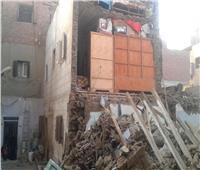 انهيار منزل مكون من ثلاثة أدوار بأسيوط