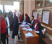 ألسن عين شمس تستضيف فريق بنك مصر لتسليم الطلاب البطاقات الإلكترونية