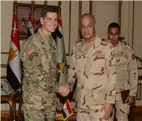 وزير الدفاع ورئيس الأركان يلتقيان قائد «القيادة المركزية الأمريكية»
