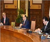 السيسي: نُسابق الزمن لتحقيق التنمية الشاملة وتأسيس نهضة تعليمية حقيقية في مصر
