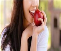 تعرفي على فوائد «التفاح» للأسنان