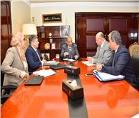 وزير التنمية المحلية يجتمع مع محافظ القاهرة لبحث منظومة إدارة المخلفات