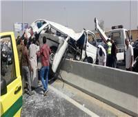 إصابة 16 عامل في حادث أمام منطقة الاستثمار بالإسماعيلية