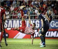 كوكا يقود أولمبياكوس أمام دينامو في الدوري الأوروبي