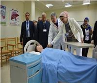 محافظ الدقهلية يفتتح مدرج «غنيم» بمعهد التمريض بشربين