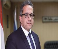 فيديو| وزير الآثار ينصح عُشاق «تسلق الجبال» بزيارة تلك المنطقة