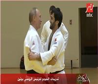 فيديو| تعليق مثير من عمرو أديب على إصابة بوتين أثناء تدريبات الجودو