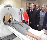 وزيرة الصحة تزور مصابي حادث الدرب الأحمر في مستشفى الحسين