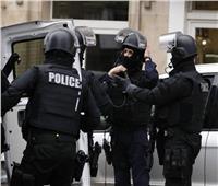 الشرطة الفرنسية تقتل رجلًا بالرصاص بعدما طعن 4 بسكين في مارسيليا