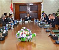 وزير التنمية المحلية ومحافظ الإسكندرية يناقشون منظومة النظافة