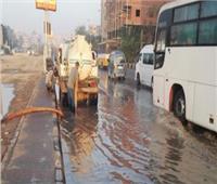 كثافات مرورية فى الوراق والمرج بسبب كسر ماسورة مياه