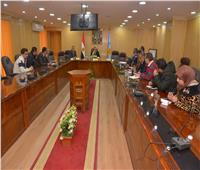 محافظ أسيوط يؤكد على استمرار أعمال التطوير والتجميل بالشوارع