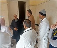 وكيل «صحة أسيوط» يفاجئ المستشفيات ويحيل المخالفين للتحقيقات