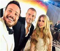وعد وأوفى.. عمرو دياب يزف الفائز بمسابقة ألبومه الجديد