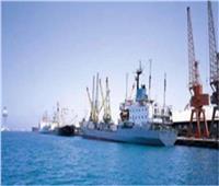 تداول 430 شاحنة بضائع عامة بموانئ البحر الأحمر