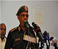 الرئيس السوادني يعين وزير الدفاع نائبًا له مع الاحتفاظ بمنصبه