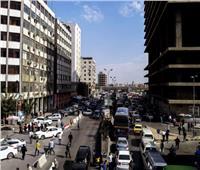كثافات مرورية بمحور الشهيد وشارع الثورة