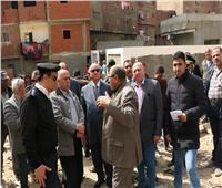 خالد عبدالعال يتفقد موقع سقوط صخرة بمنشأة ناصر