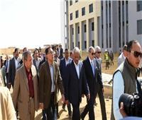 رئيس الحكومة يستمع لمطالب ومقترحات نواب السويس