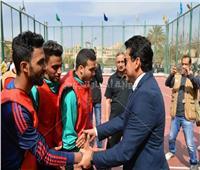 «وزير الشباب» يتفقد الملاعب الرياضية بجامعة عين شمس| صور
