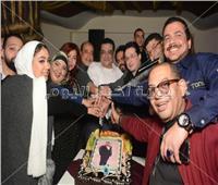 صور| الليثي وياسر عدوية وهارون يحتفلون بعيد ميلاد الموسيقار أحمد رمضان