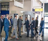 وزير الطيران: مراجعة الإجراءات الأمنية وتطوير أنظمة المراقبة بمطار مرسي علم