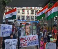 باكستان تعيد الطيار الهندي الأسير إلى بلاده