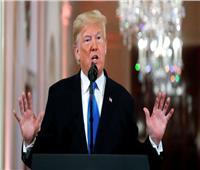ترامب يتهم خصومه بمحاولة إخراجه من البيت الأبيض بـ«كلام هراء»