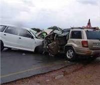 إصابة 3 أشخاص في حادث تصادم سيارتين بحلوان