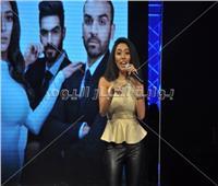 صور| زيزي عادل وشاهيناز تشاركان بختام حفل ملكة جمال الأناقة 2019