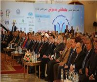 صور| وزير الشباب يشيد بمؤتمر «التعليم في مصر»