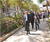رئيس جامعة أسيوط يوجه بسرعة الانتهاء من تطوير صالات الامتحانات
