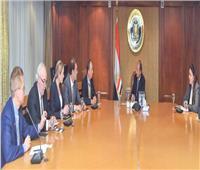 نصار يبحث تسهيل نقل المنتجات المصرية للأسواق الإقليمية والقارية
