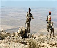 اليمن: عشرات القتلى والجرحى من ميليشيا الحوثي وتدمير معسكر بحجور وعمران