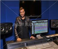 صور  رامي صبري يُسجل ألبومه الجديد.. ويعلن موعد طرحه