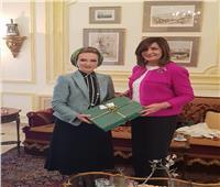 وزيرة الهجرة تستعرض جهود الحفاظ على الهوية العربية في بيروت