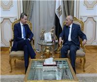 محمد العصار يبحث تعزيز التعاون مع وكيل وزارة الدفاع الألمانية