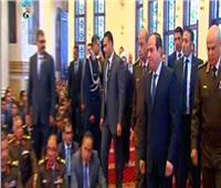 فيديو| الرئيس السيسي يصل مسجد المشير طنطاوي لأداء صلاة الجمعة