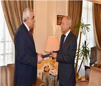 السفير العراقي الجديد يقدم أوراق اعتماده لأبو الغيط كمندوب في الجامعة العربية