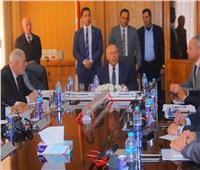 صور| التفاصيل الكاملة لاجتماع كامل الوزير مع قيادات هيئة السكك الحديدية