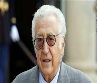 أكبر من بوتفليقة بـ3 أعوام.. «الأخضر الإبراهيمي» عراب انتقال السلطة بالجزائر