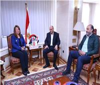 غادة والي توافق على فتح التأمينات للصحفيين