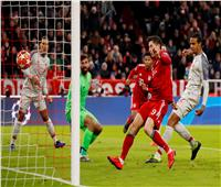 فيديو| بايرن ميونخ يسجل التعادل في ليفربول بـ«هدف عكسي»