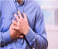 دكتور أيمن سالم يوضح أسباب وجود ألم في الصدر