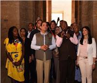 صور| الرئيس السيسي يقوم بجولة في معبد فيله بأسوان